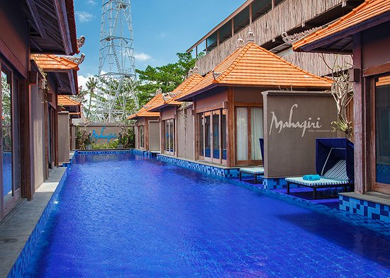 Mahagiri Resort: We have 8 lagoon villas all surrounding a huge swimming pool. Perfect for a family holiday, vacay with friends or fabulous for a retreat booking!