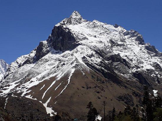 Team 4 Adventure: Har Ki Dun mountain