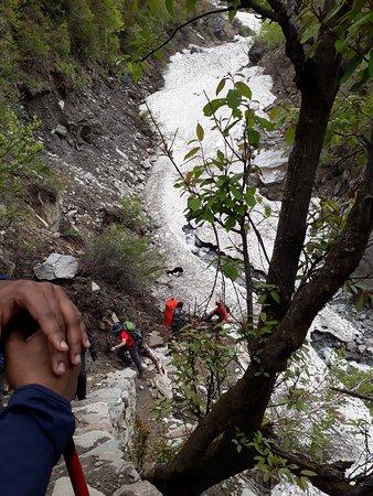 Team 4 Adventure: On the trek