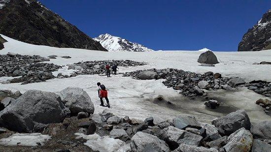 Team 4 Adventure: Towards Maninda Tal