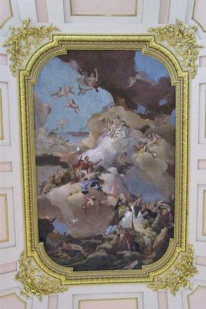 plafond in een van de zalen