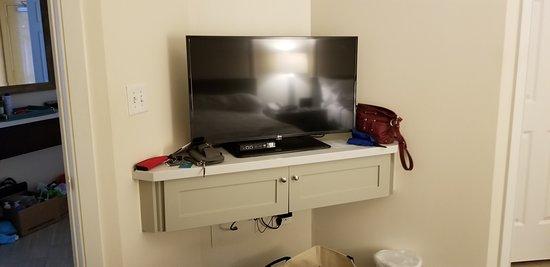 Sand Dollar Villa 8731 TV in 2nd Bedroom