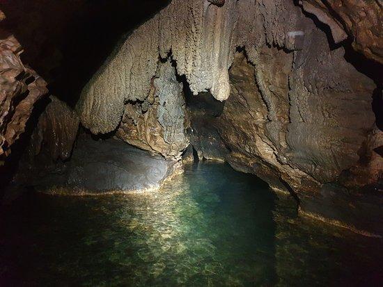 CrossoverPeru Tour Operator: Пещера De Q'arañahui