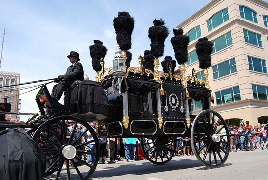 Lincoln funeral hearse.