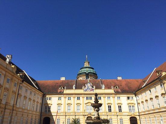 Монастырь в Мельке: Melk Abbey