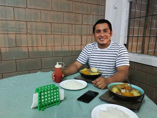 Restaurante El Buen Taco del Valle: Buen provecho mi amigo!