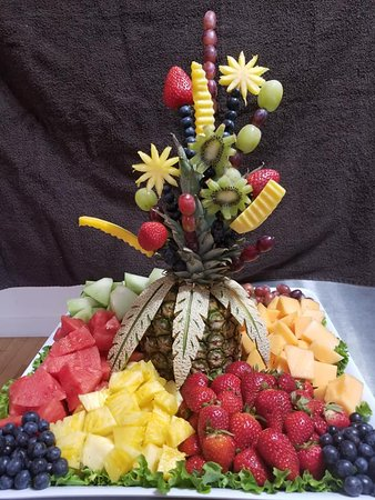 Mary's Corner Cafe & Catering: fruit display