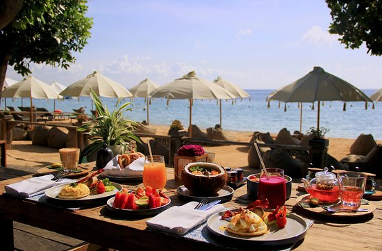 Sateria Beachside Restaurant: healthybreakfast-beach-meliabali