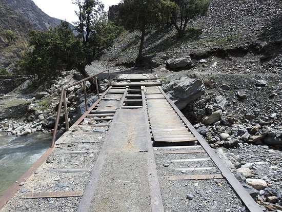 Jeep Bridge to Kalash Valley
