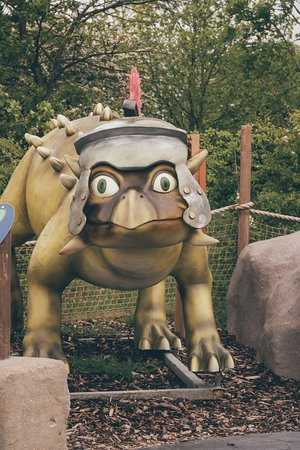 A Jurassic landscape filled with moving dinosaurs and ferocious fun. 18 holes of wonder all based on the children's story, 'The Mighty Claws Don't Want To Hunt'.