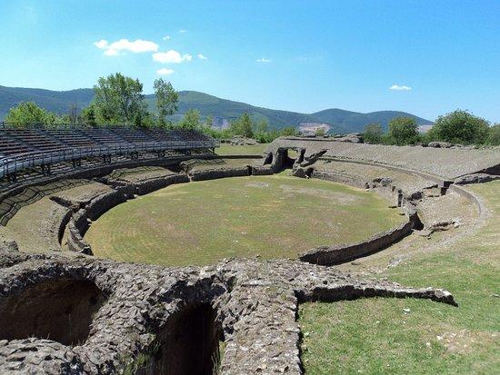 Avella, Italy: Anfiteatro Romano
