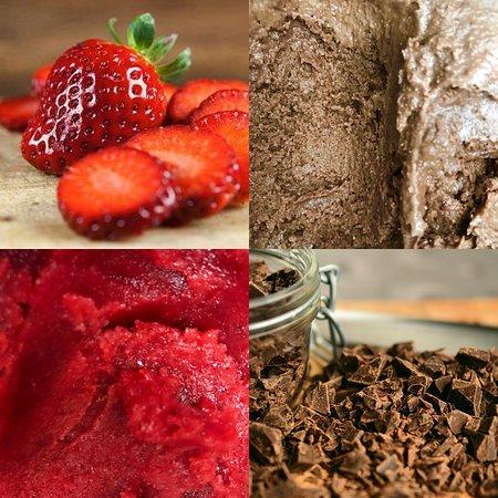 Naturalne lody własnej produkcji, bez konserwantów i barwników.