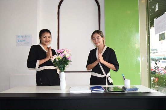 Welcoming staff at Dahlia Beauty Salon & Spa in Vientiane