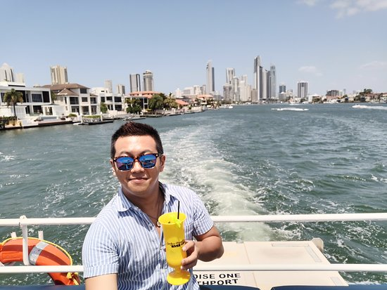 Croisière d'une heure et demie sur la Gold Coast au départ de Surfers Paradise : Cruising