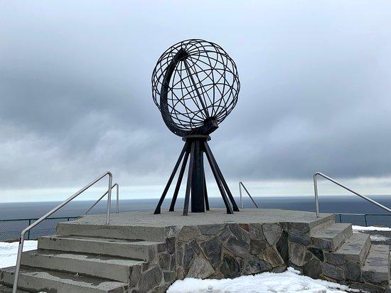 North Cape: Globusen