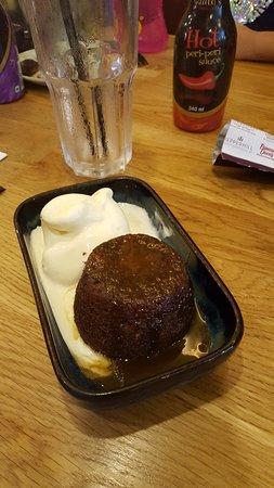 Browne with Vanilla Ice Creme