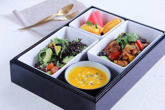 Palm Court: Superfood Bento Box