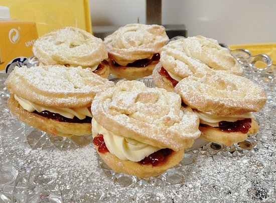 Compass Wellbeing Cafe: Home made Viennese Whirls - Delicious!
