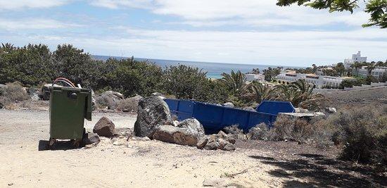 AluaVillage Fuerteventura: a la sortie de l hôtel direction la plage