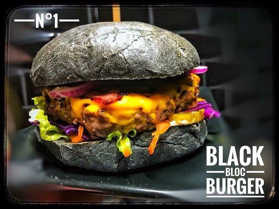Black burger !