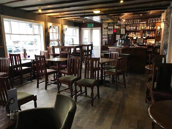 The Ferry Boat Inn: Bar