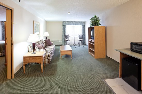 Holiday Inn Great Falls Convention Center: Suite