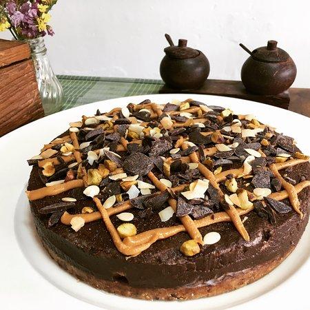 Banana Chocolate Cake, raw vegan