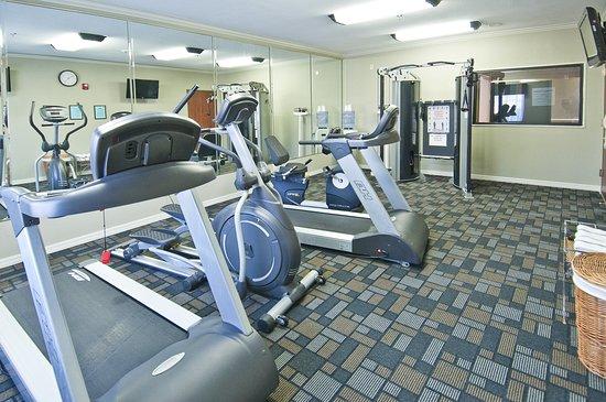 Holiday Inn Express Hotel & Suites Lake Charles: Health club