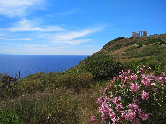 Temple of Poseidon Private Tour. ...and a break for Lunch with the best view !!
