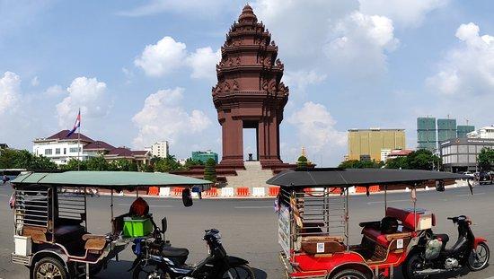 Sophoarn Tuk-Tuk Tours in Phnom Penh