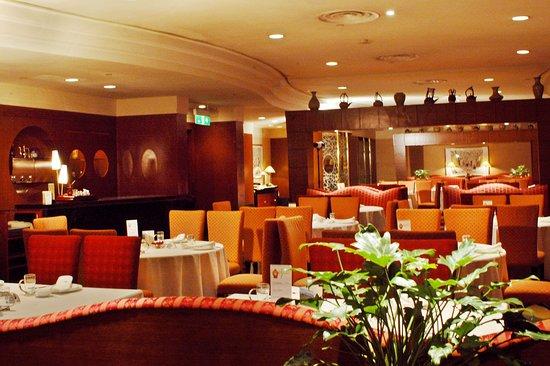 Hotel Nikko Dalian: Restaurant