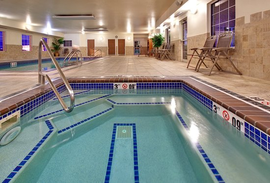 Staybridge Suites Sioux Falls: Pool