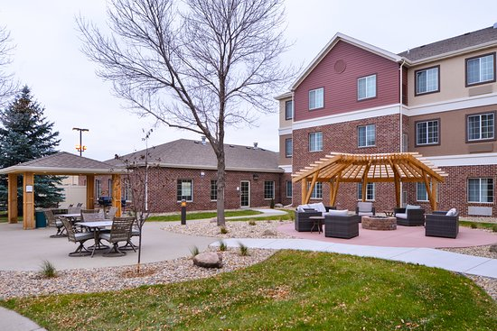 Staybridge Suites Sioux Falls: Exterior