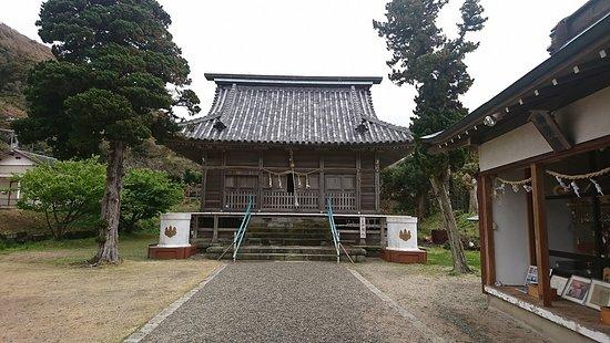 布良崎神社本殿