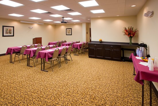 Holiday Inn Express Hotel & Suites Chestertown: Meeting room