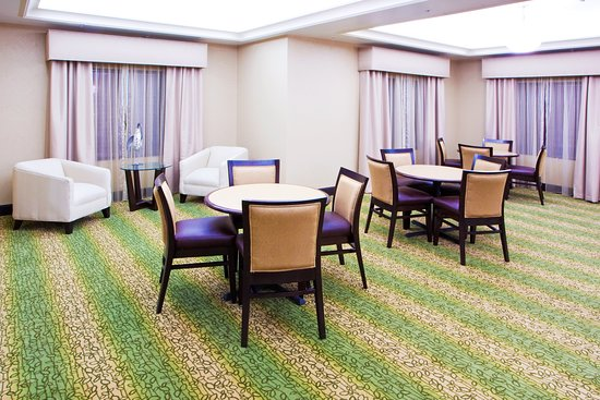 Holiday Inn Express Hotel & Suites Chestertown: Restaurant