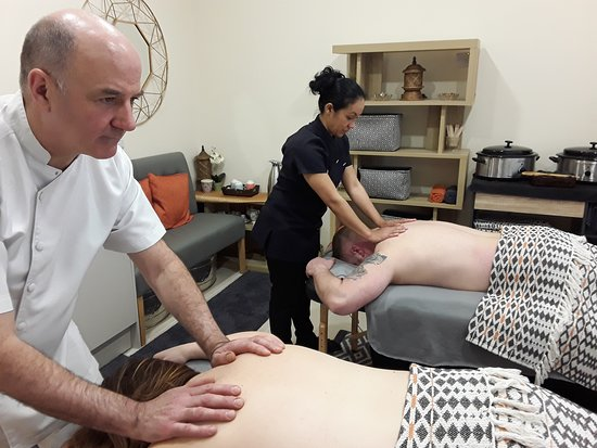 Burlton, UK: Daddy's Escape : Father's Day Offer  Re-energise 50 min Back Massage £50  plus Soothing Scalp Massage £35 Or  Thai Heritage Herbal Compress Foot Massage £35  Total price £85  Offer price £60  Offer price for two £110  Offer end by 30th June 2019 More info at https://www.siamharmony.co.uk/