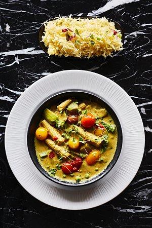 360 Tapas Avocado Green curry