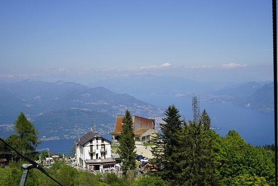 Von der Bergstation auf dem Bild sind es nur noch ca. 100 Höhenmeter bis zum Gipfel.