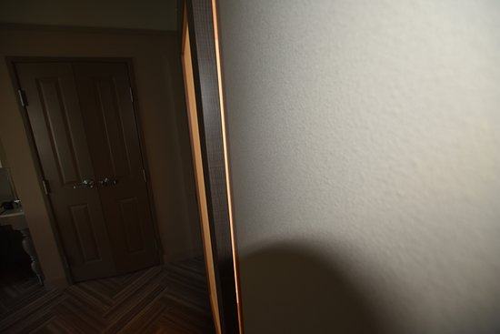 Large gap around non locking bathroom door.