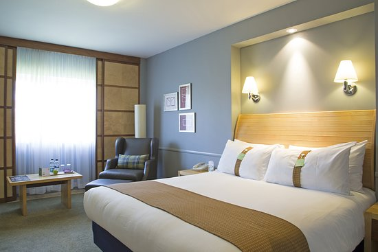 Holiday Inn Guildford: Guest room
