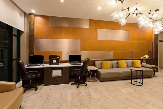Holiday Inn Long Beach Airport Hotel and Conference Center: Property amenity