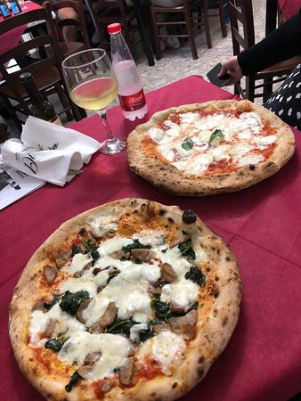 Margherita and Sausage / Friarielli pizzas