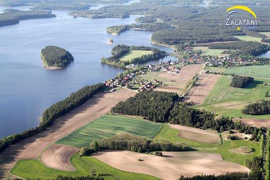 Wdzydze Kiszewskie, โปแลนด์: Jezioro Wdzydzkie z lotu ptaka Tel. 731 25 26 25