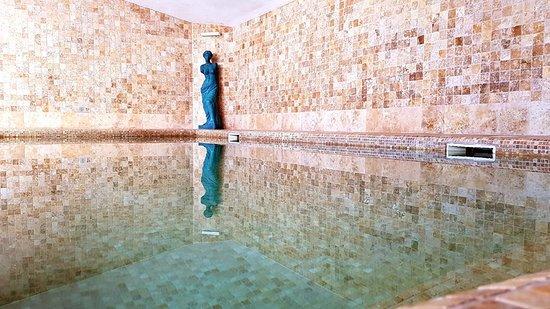 THB Maria Isabel: Interior Pool
