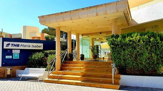 THB Maria Isabel: Entrance