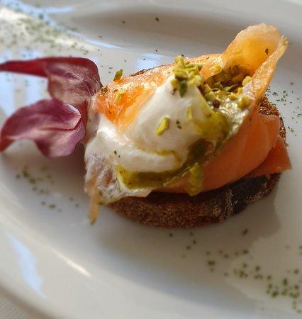 ПАРУС: Salmone,stracciatella,pistacchio