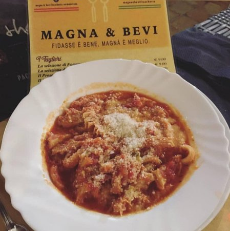 Fraschetta Magna & Bevi: Trippa al sugo