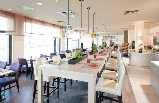 Restaurant Picture Of Leonardo Hotel Munich City Olympiapark Tripadvisor