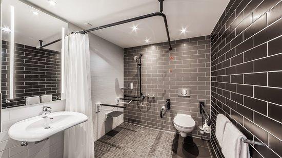 Holiday Inn Express Munich - City East: Guest room